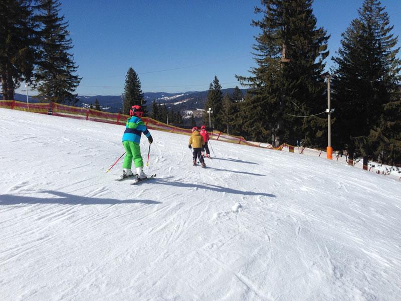 Intalnirea de schi unic.)